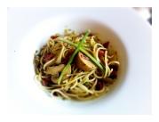 Espaguetis con peperoncino
