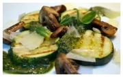 Calabacines al pesto de hierbabuena y jengibre