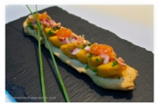 Panecillo de sesamo con boniato y crujiente de jamón
